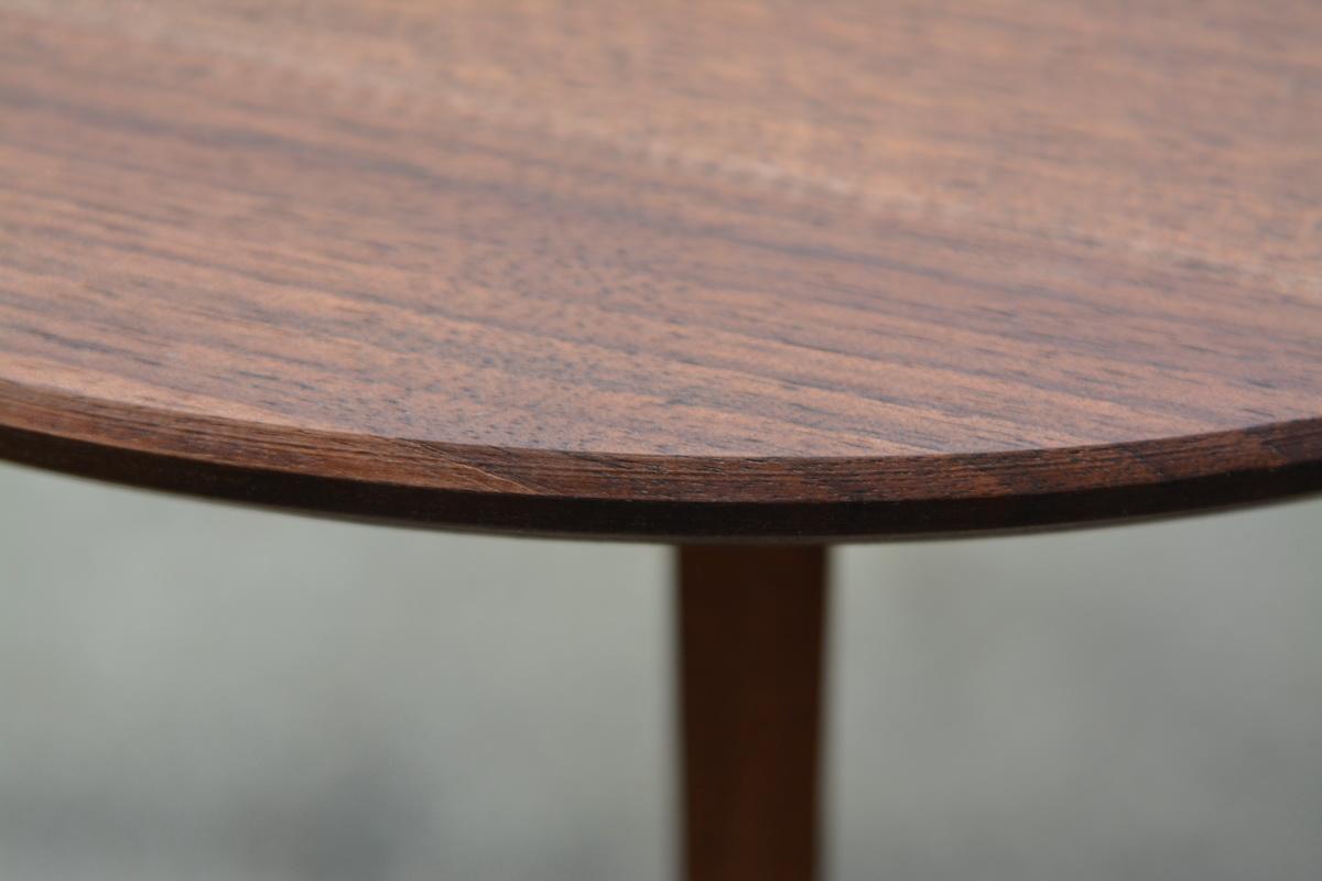 beistelltisch nussbaum schreinerei stephan k lin. Black Bedroom Furniture Sets. Home Design Ideas
