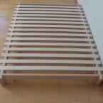 Bett Buche und Sperrholz