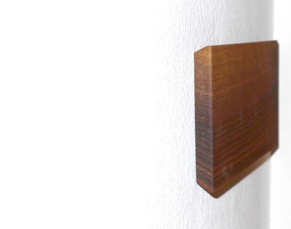 schl sselbrett nussbaum massiv schreinerei stephan k lin. Black Bedroom Furniture Sets. Home Design Ideas