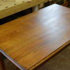 Reparatur Tisch